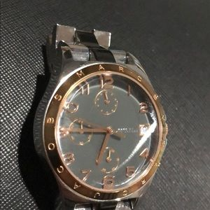 Marc jacobs watch. Stainless steel. Rose gold.